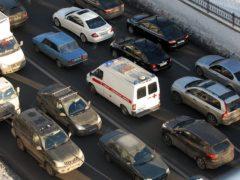 Почему ГИБДД штрафует водителей, пропускающих «Скорую помощь»