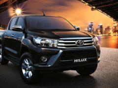Автомобиль Toyota Hilux