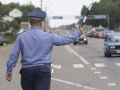 Имеет ли право останавливать водителя гаишник в штатском