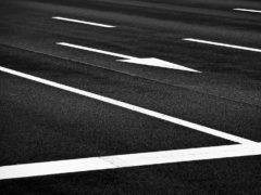 Почему не нужно сдавать назад, если вы пересекли стоп-линию на светофоре