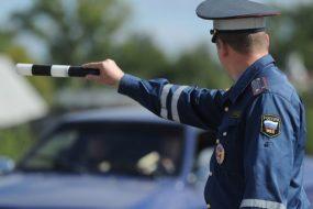5 признаков, по которым чаще всего гаишники останавливают машины