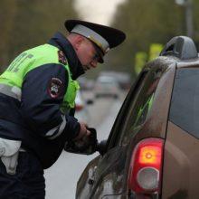 Имеет ли право гаишник садиться в ваш автомобиль